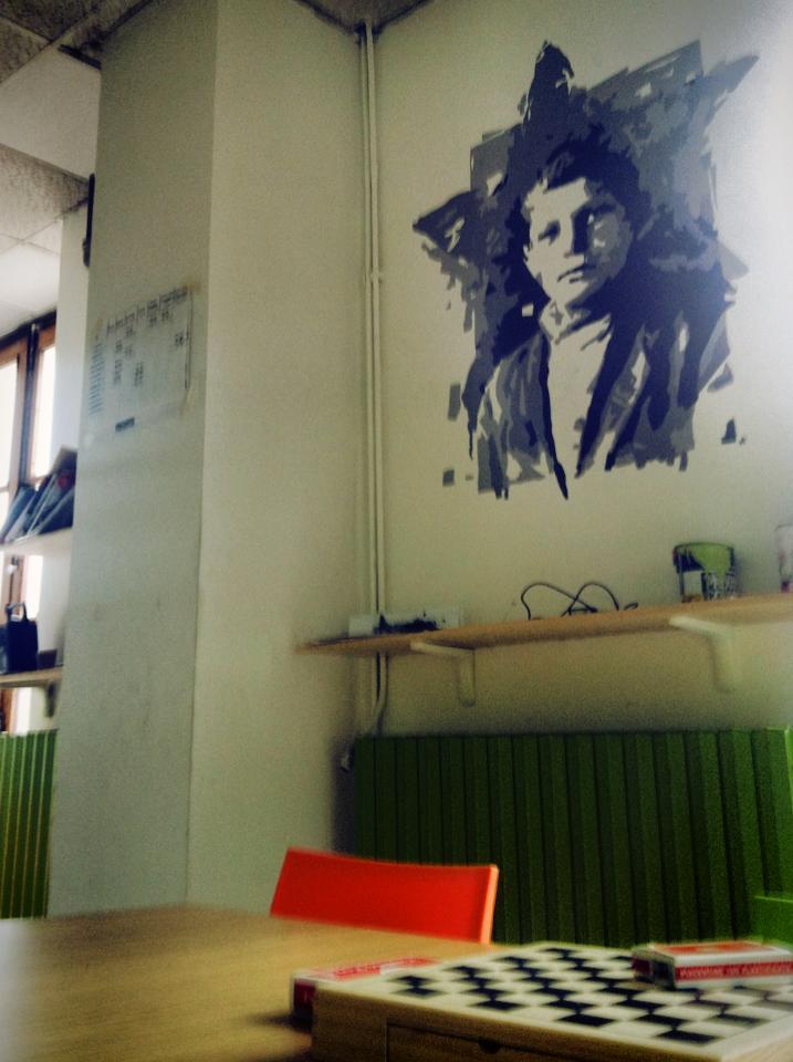 Il ritratto di Franco Centro nella sede dell'Associazione MondoQui