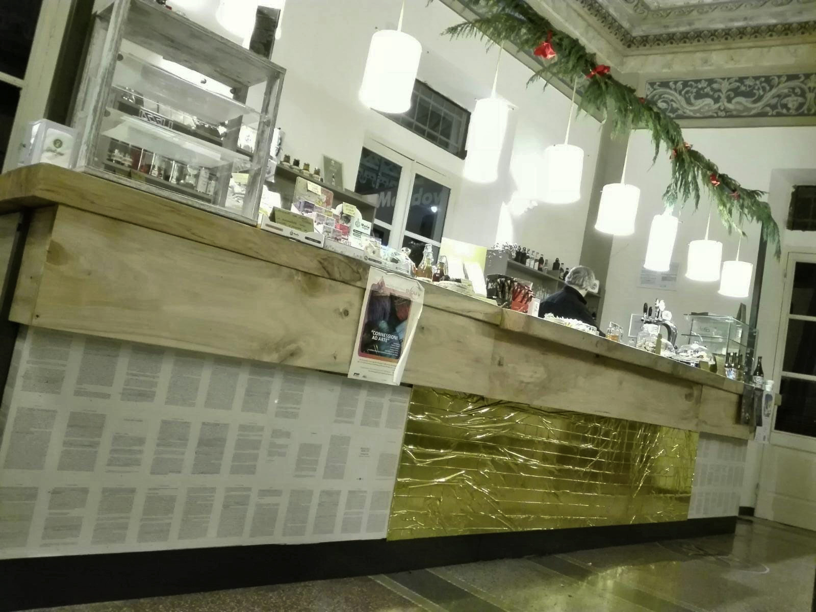 Bancone Barcone Caffè Sociale
